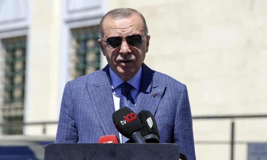 Erdoğan also threatened to withdraw Turkey's UAE envoy