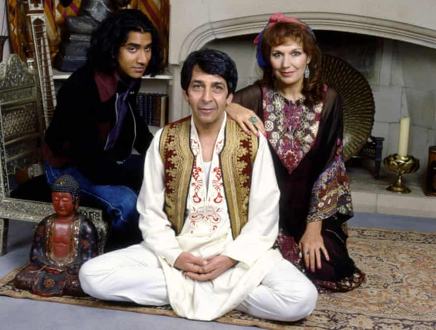 Naveen Andrews, Roshan Seth and Susan Fleetwood in the TV version of The Buddha of Suburbia.