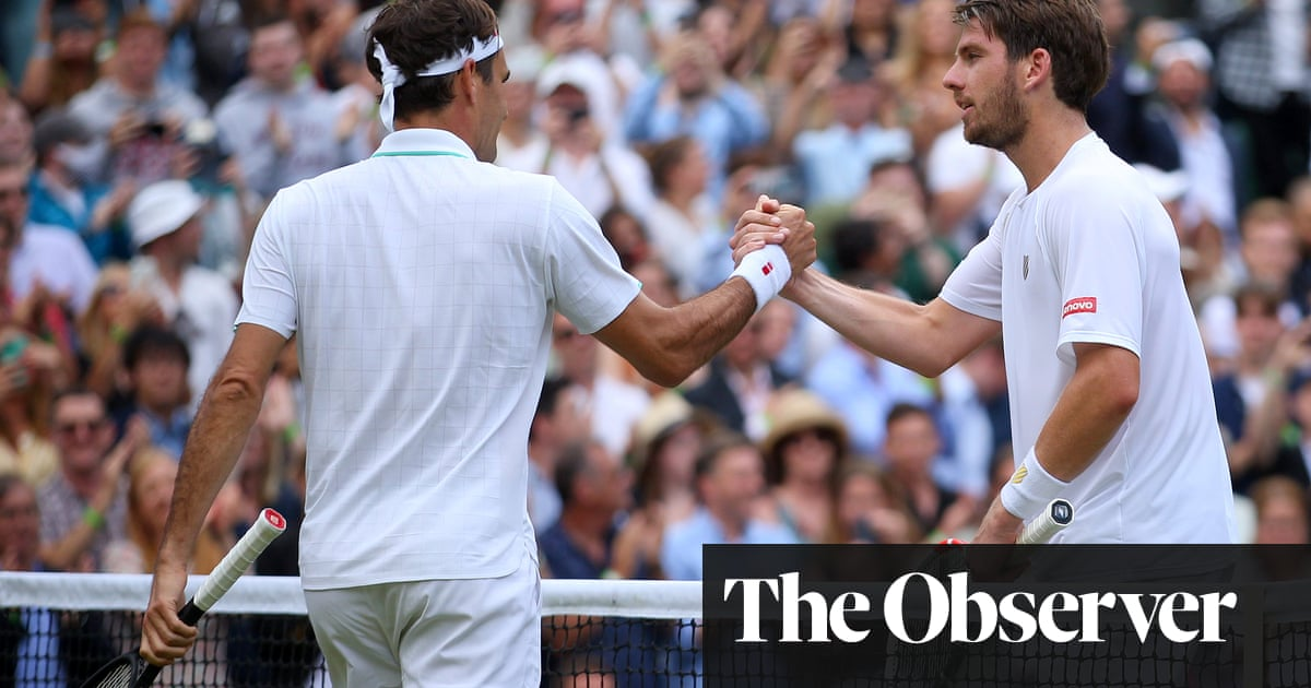 Roger Federer holds off Cameron Norrie fightback to move on at Wimbledon