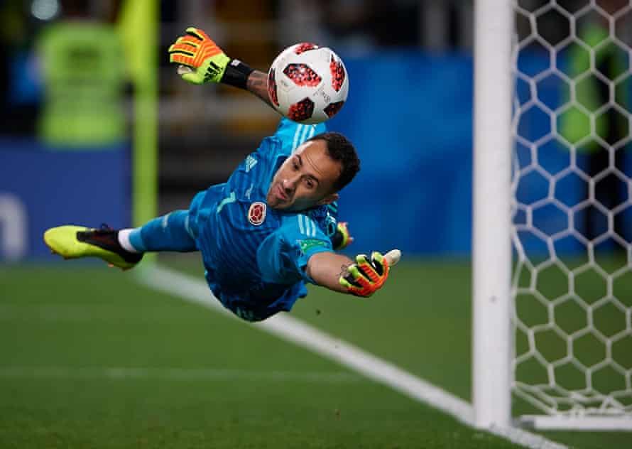 David Ospina saves Jordan Henderson's penalty