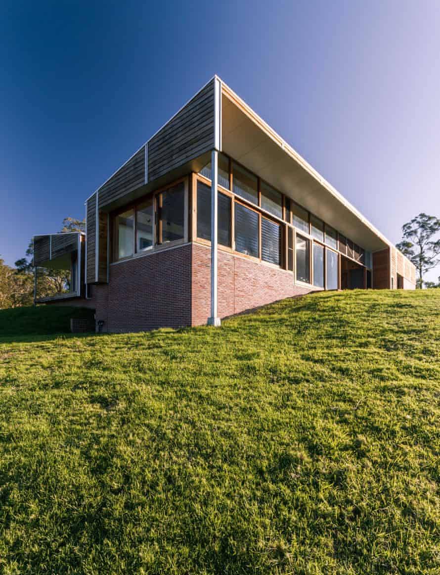 A bushfire resistant home by Austin McFarland Architects.