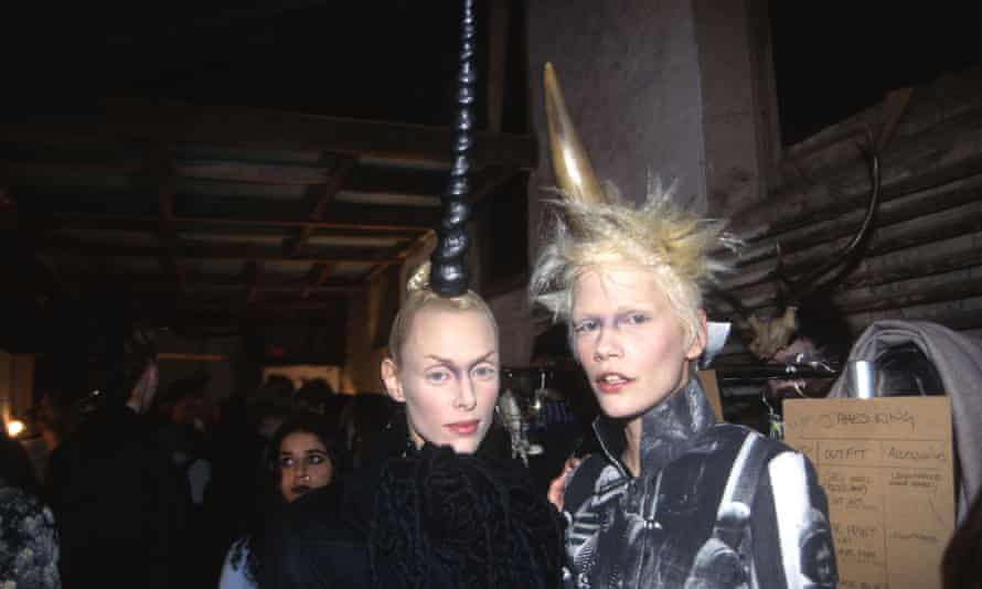 Models pose backstage at the Alexander McQueen Fall 1996 Fashion Show on March 30, 1996 at Ansche Chesed Synagogue in New York City.