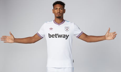 West Ham break club record with £45m purchase of Sébastien Haller