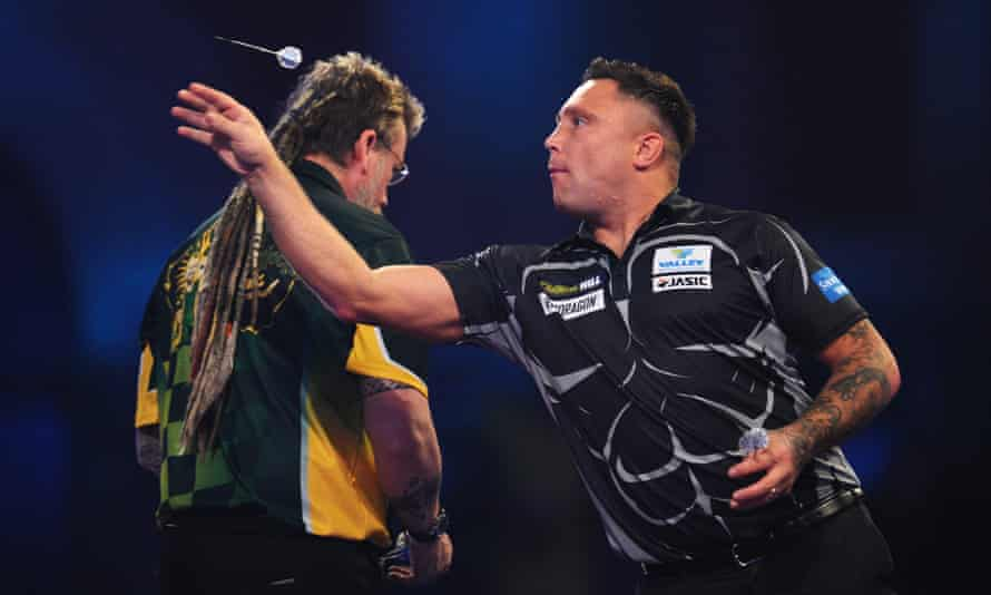 Gerwyn Price on his way to a 4-2 victory over Simon Whitlock at the PDC World Championship at Alexandra Palace.