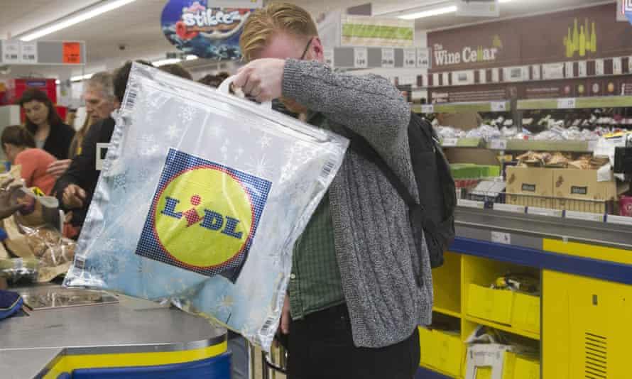 German chain Lidl is shaking up British supermarkets.
