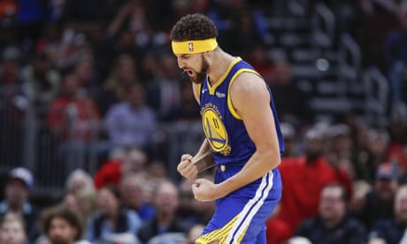Klay Thompson sets NBA record for three-pointers in a game as Warriors blitz Bulls
