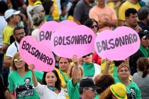 Supporters of President Bolsonaro outside the Planalto Palace on 1 January
