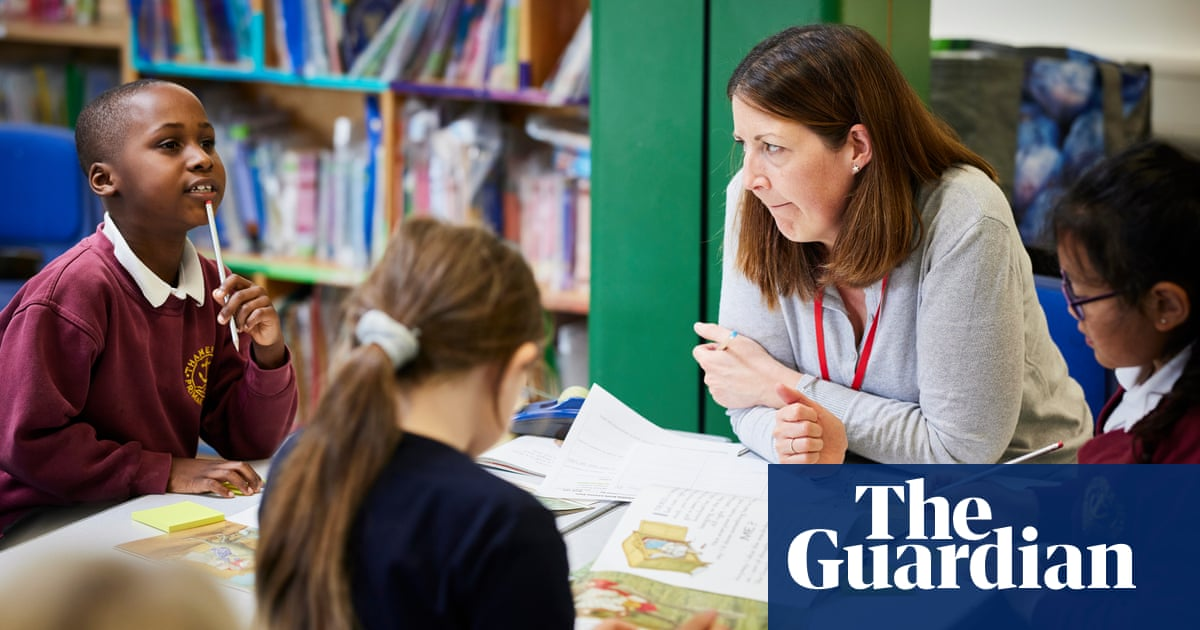 'Tutors change daily': headteachers call for control of Covid catchup money