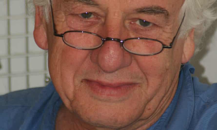 In 1998 Geoffrey Hawthorn became a professor of international politics at Cambridge University.