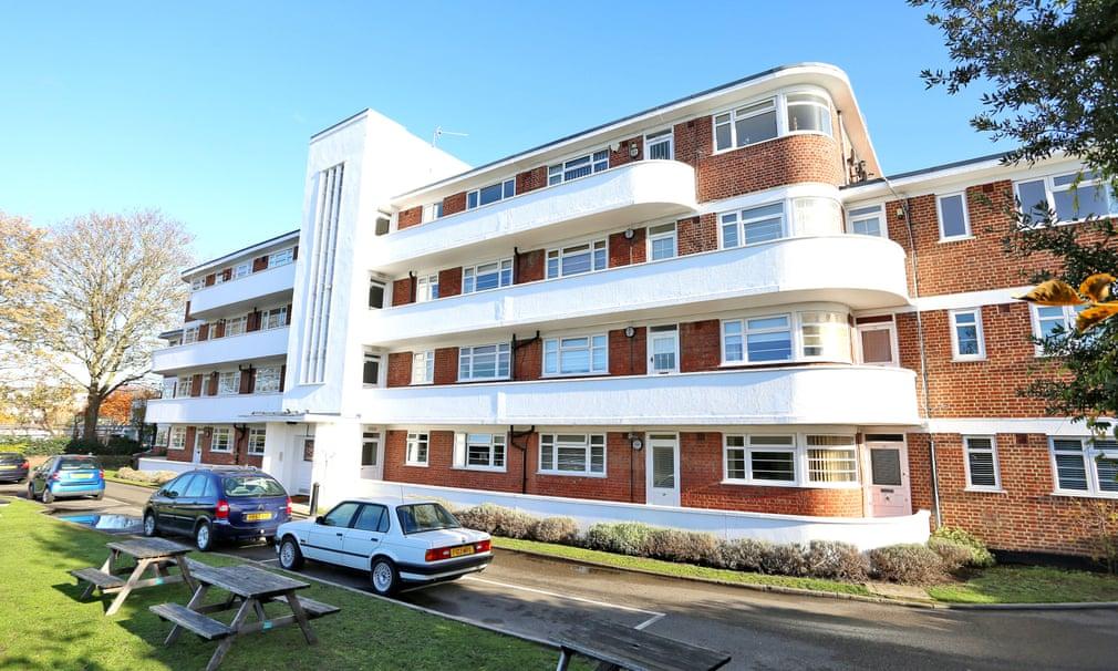 Art Deco flats Chiswick