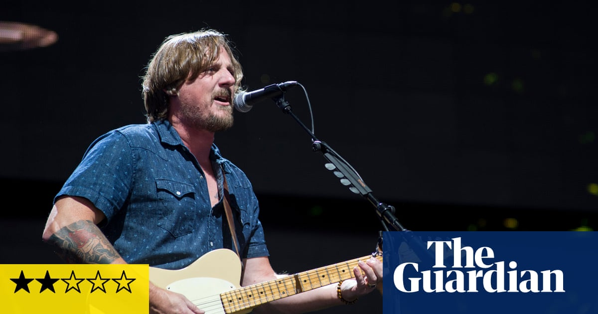Sturgill Simpson review – a trudge along the highways of Southern rock