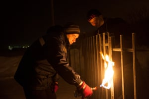 In temperatures of minus 35 degrees a blow torch is used to unfreeze the gate lock