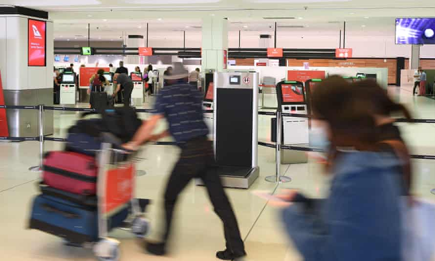 Passengers at Sydney airport. Everyone entering Australia is now required to self-isolate for 14 days upon arrival. This is how the self-isolation rules work