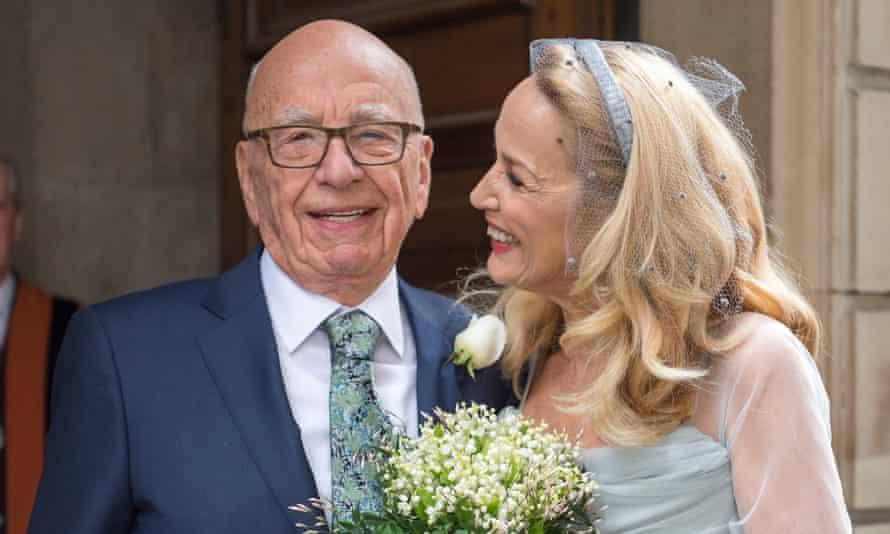 Jerry Hall marries Rupert Murdoch