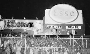 The electronic scoreboard at San José's former national stadium records the final score back in March 1960