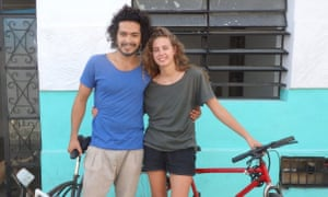Isla Rae-Smith, 23, is a teacher and Valente Saavedra, 25, is a dancer. They live in Mérida, Mexico