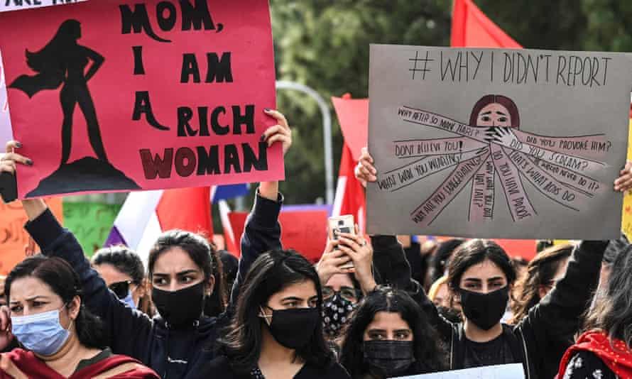 Woman islamabad divorced Proposal 33