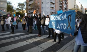 There has been an increase in cases of Coronavirus since the return of students in Argentina, which teachers are concerned about.
