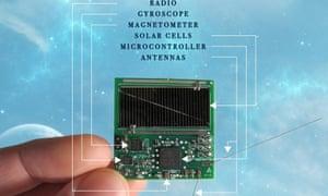 Los Sprites llevan paneles solares, computadoras, sensores y radios.