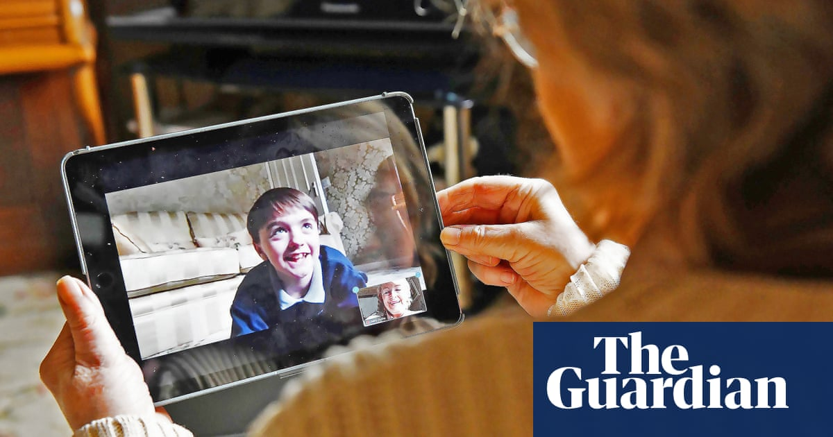 Using Zoom could help older people avoid dementia, study reveals
