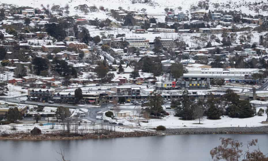 Snow blankets the township of Jindabyne at the foot of the snowy mountains