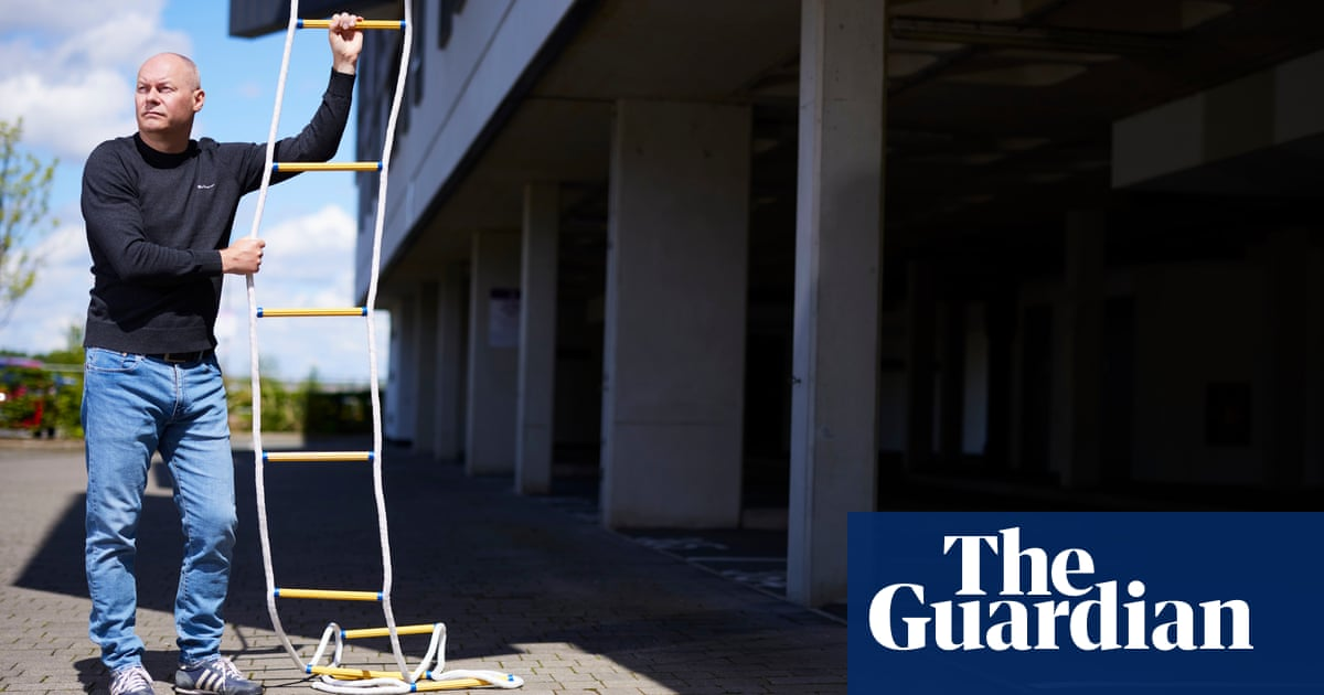 Residents of fire-risk flats consider buying rope ladders and smoke hoods