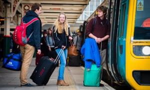 Student travel is costly … and now a choice of two cards has sent the savings off the rails.
