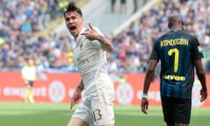 Alessio Romagnoli celebrates his goal.