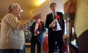 Tristram Hunt canvasses to pensioners at a Berryhill retirement home in 2010