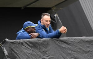 South Africa coach Otis Gibson and captain Faf du Plessis check out the weather.