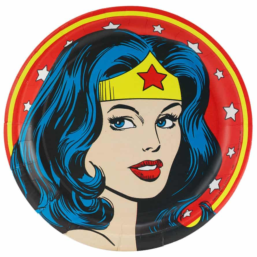a Wonder Woman party plate.