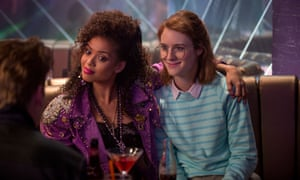 Gugu Mbatha-Raw, Mackenzie Davis in the Black Mirror story San Junipero.