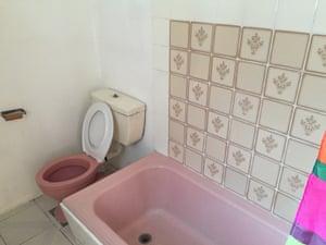 pink bathtub.