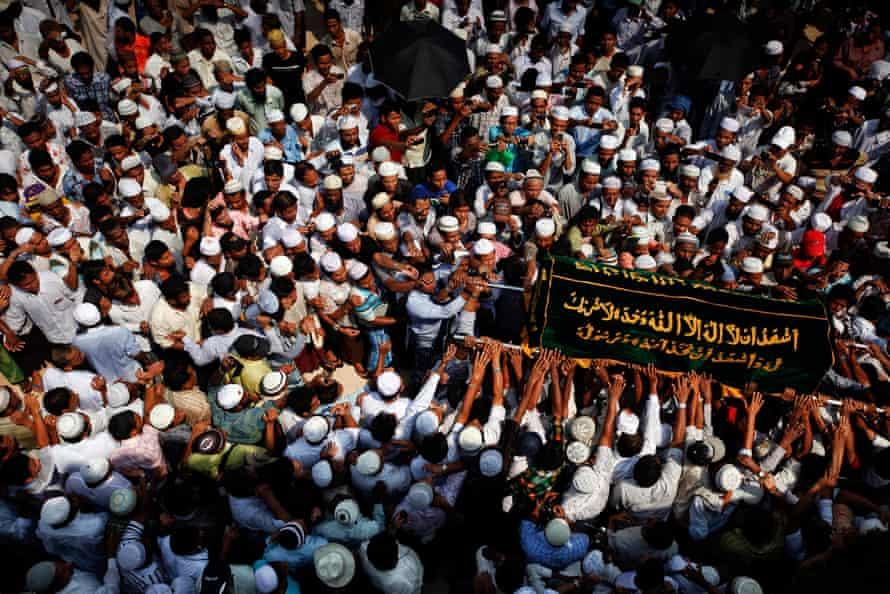 Muslim mourners at funeral in Yangon
