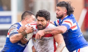 Mose Masoe (centre) has urged people to 'stop being selfish' as the Covid-19 ripple effect forces his early discharge from hospital.