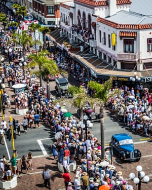 A parade works its way down Napier's main streets as part of the city's annual art deco festival.