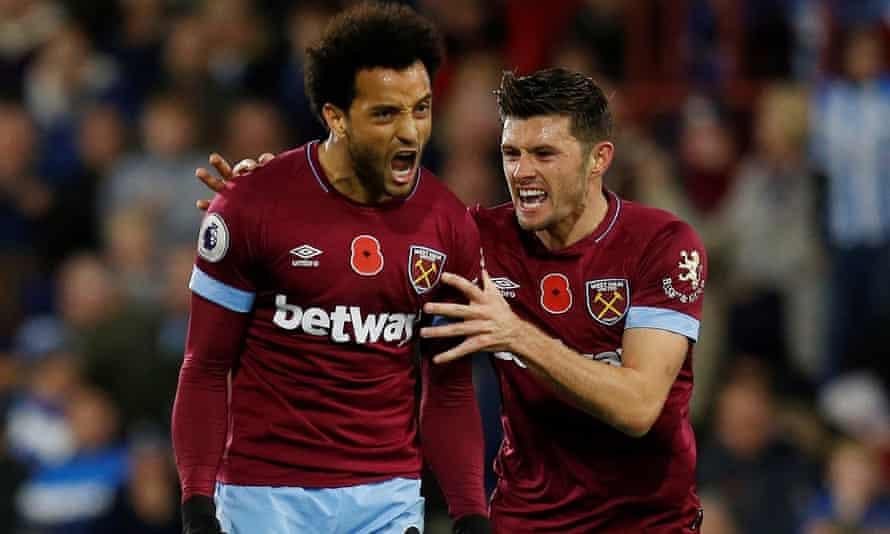 Felipe Anderson celebrates scoring West Ham's equalising goal with Aaron Cresswell.