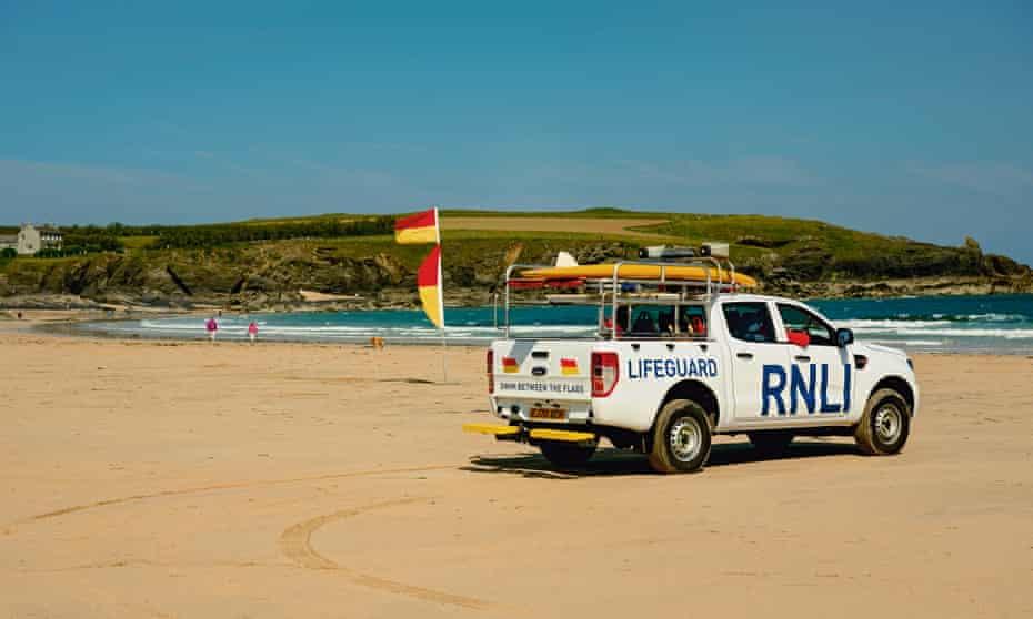 An RNLI Ford Ranger on the beach