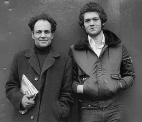Artist Frank Auerbach (on left) and his son Jake in 1978