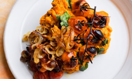 Spiced sweet potato, roast tomato.