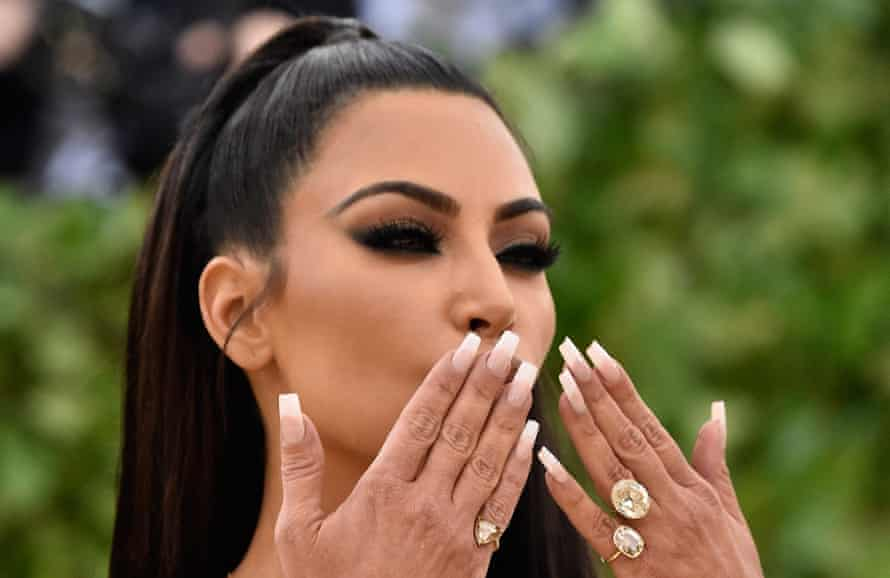 Kim Kardashian West – rings on her fingers