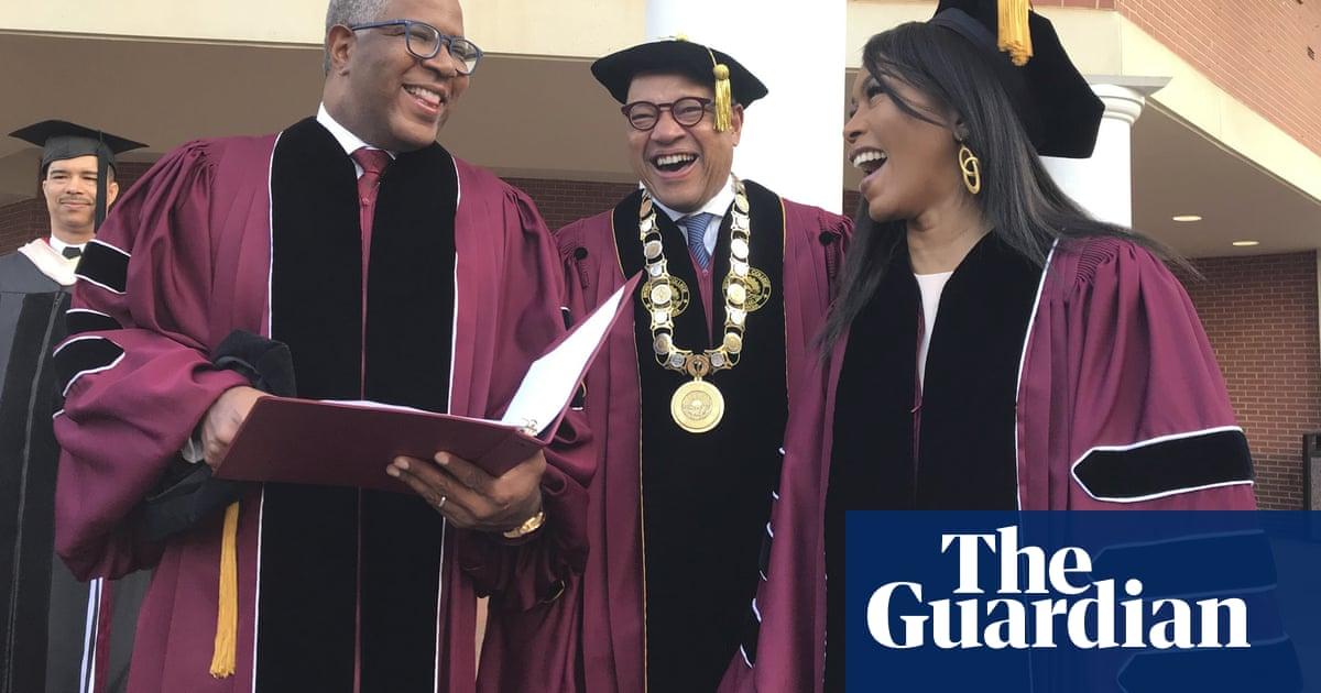 """Résultat de recherche d'images pour """"Billionaire pledges to pay student debt for 2019 class at historic black US college"""""""