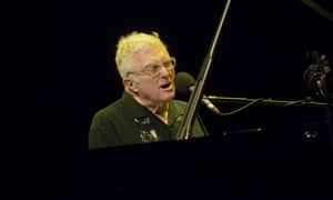 Randy Newman Performs At Glasgow Royal Concert HallGLASGOW, SCOTLAND - OCTOBER 30: Randy Newman at Glasgow Royal Concert Hall on October 30, 2015 in Glasgow, Scotland. (Photo by Ross Gilmore/Redferns)