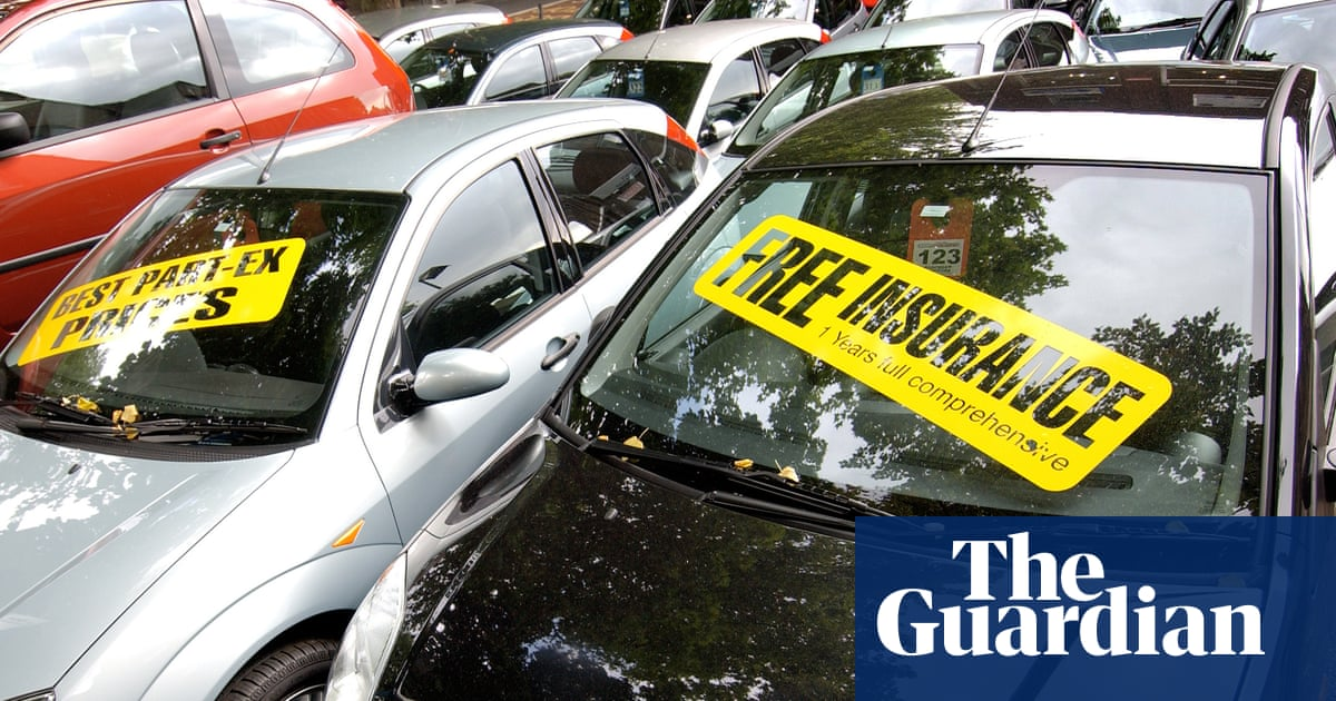 UK inflation driven down by clothing and secondhand car discounts