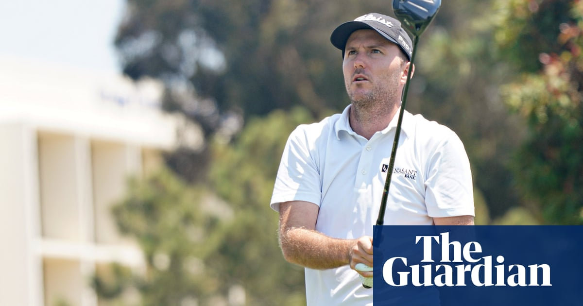 Russell Henley shares US Open lead after fog-affected day one at Torrey Pines