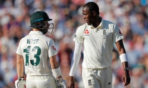 Matthew Wade and Jofra Archer exchange words.