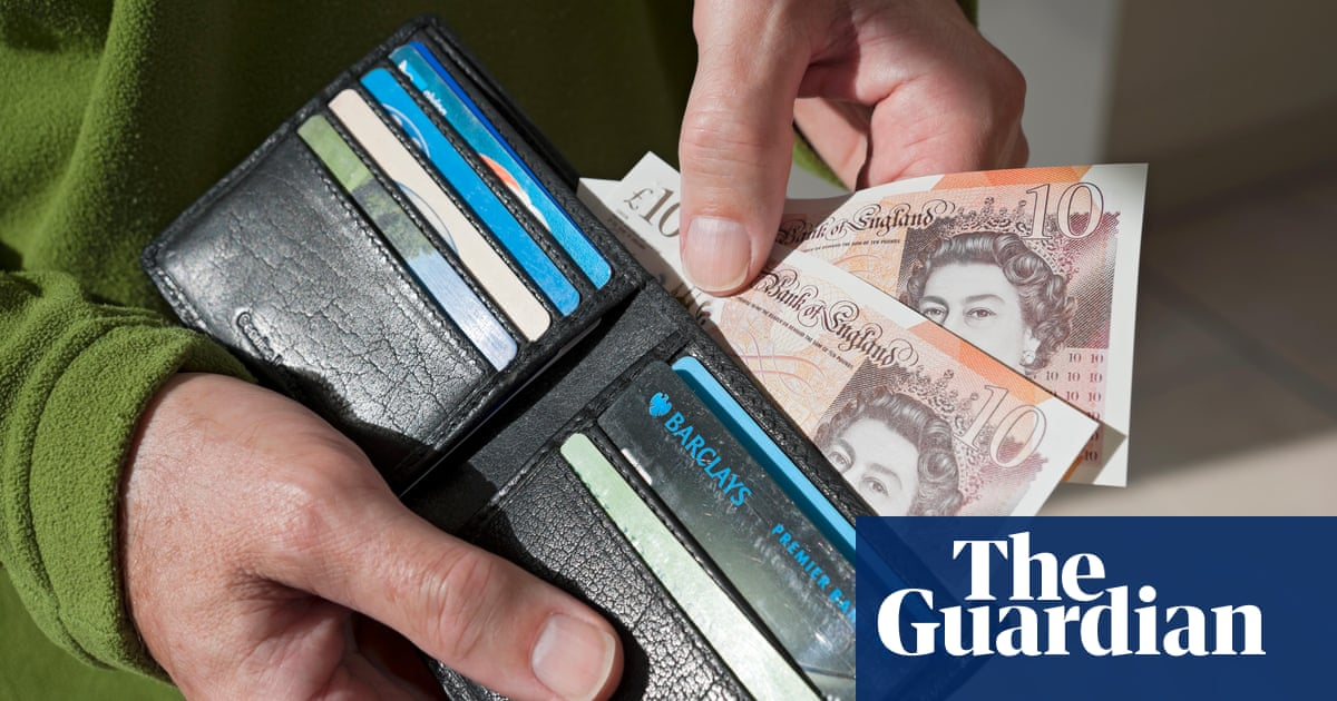 Eight in 10 Britons rely on cash for everyday payments, report finds