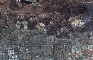 Irvine, US – An aerial view of the aftermath of the Silverado wildfire in California