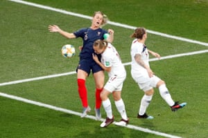 Norway's Frida Maanum gets the better of France's Amandine Henry at the corner.