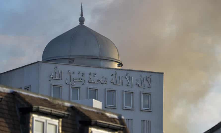Baitul Futuh mosque in south London